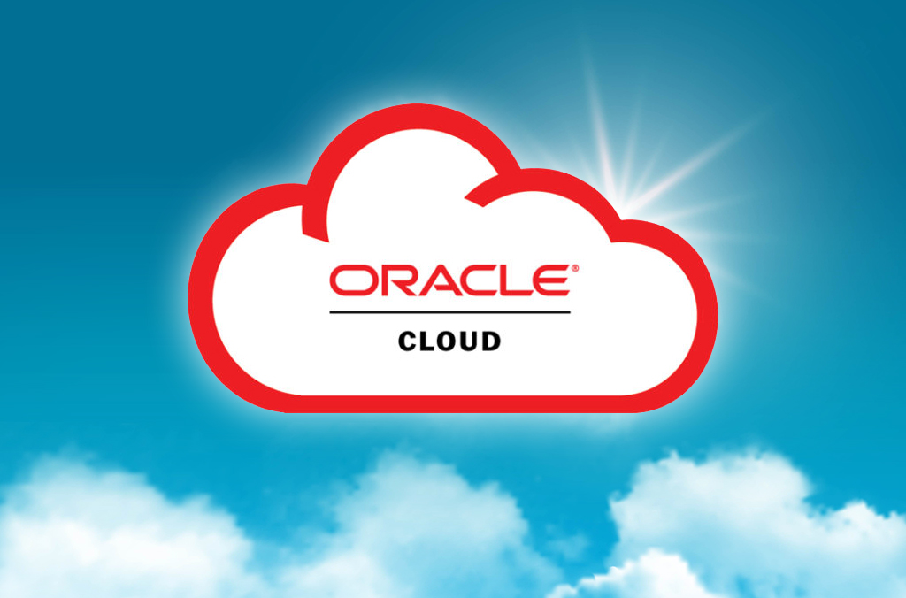 Oracle Cloud - Realistic Blue Sky With Clouds Composition Rays Of Sun Peek Out From Behind The Clouds Vector Illustration